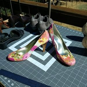 Style & Co ikat heels round toe size 9 sexy comfy